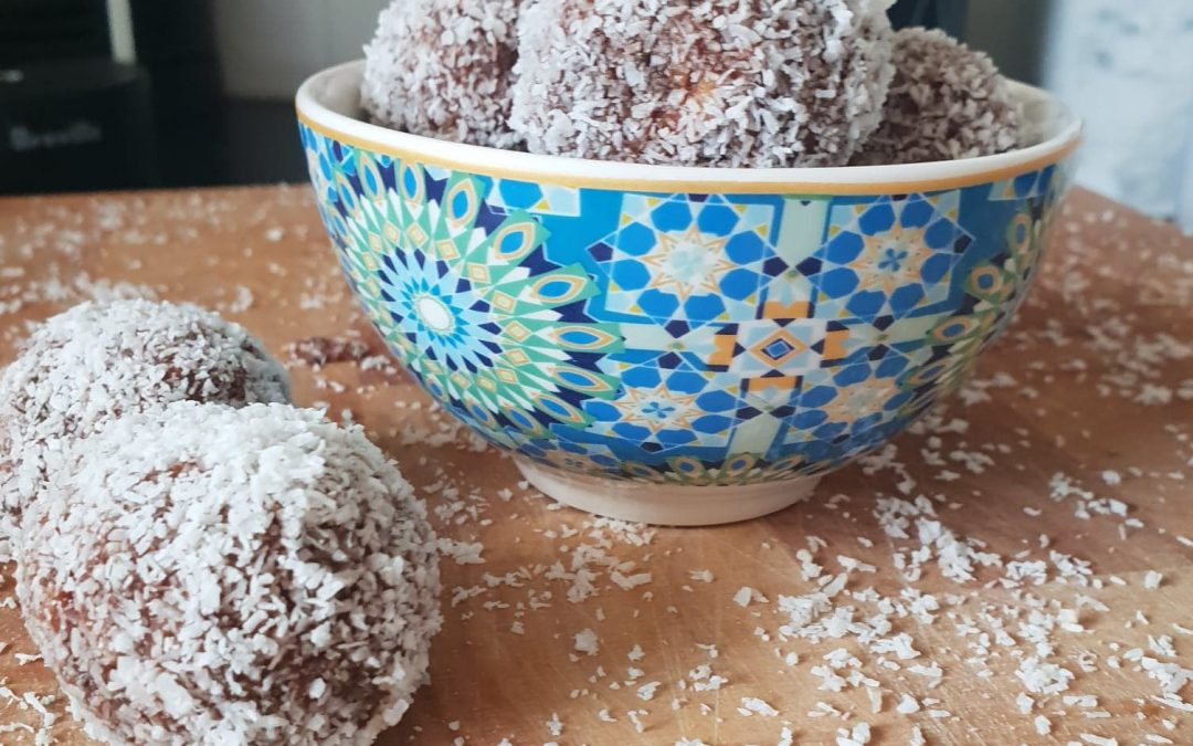 Cacao & Chia Protein Balls